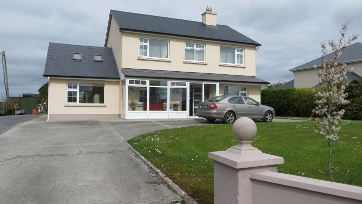 Castlecreevey, Corrandulla, Co. Galway.