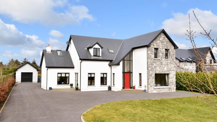Ballymoneen, Cregmore, Co. Galway.